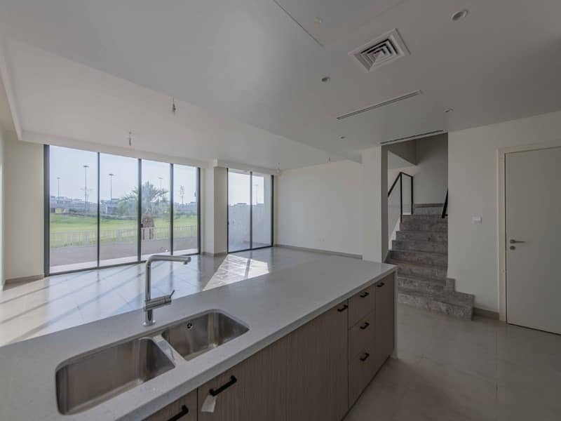 2 Real deal | Corner golf course unit | Call NOW