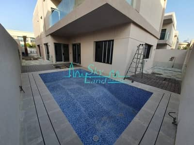 Prime location | Brand new 4 bed | Private pool