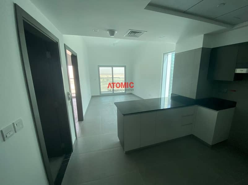 2 Brand new 1bhk with Modern Furniture in the heart of Dubai.