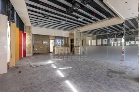 محل تجاري  للايجار في دبي مارينا، دبي - Retail Shop | Prime Location | Spacious