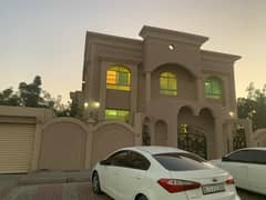 Villa for rent in the Al Jarf area, with large areas next to all services, medical centers and shopping centers