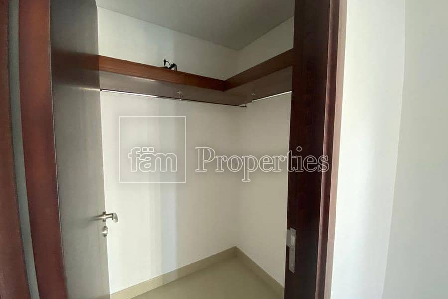 12 Spacious 1 bedroom with Burj & Lake views
