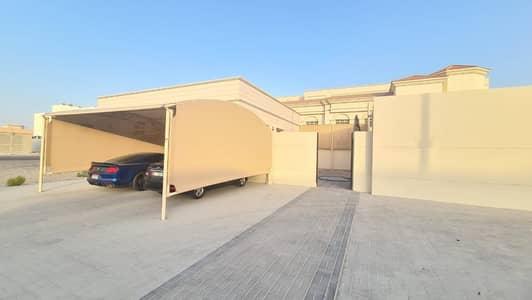 فلیٹ 4 غرف نوم للايجار في مدينة شخبوط (مدينة خليفة ب)، أبوظبي - Excellent annex