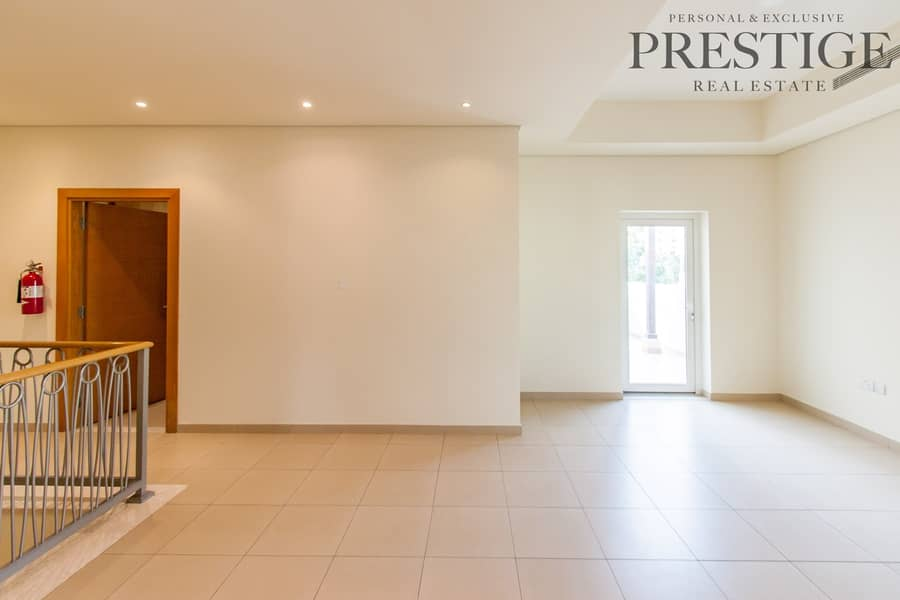 13 3 Bed | Townhouse | Large Terrace