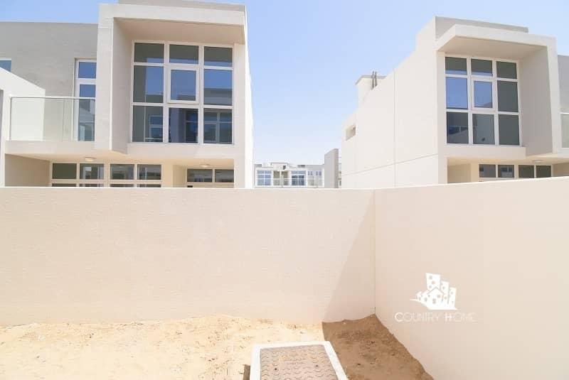15 Price Negotiable | Corner Villa | Ready to Move