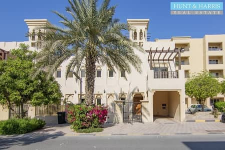 3 Bedroom Townhouse for Rent in Al Hamra Village, Ras Al Khaimah - Fitted - Commercial Villa -  Lagoon Views