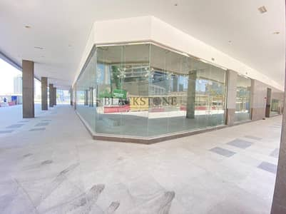 Shop for Rent in Business Bay, Dubai - Shell and Core  Retail Space | Prime Location | Road Facing
