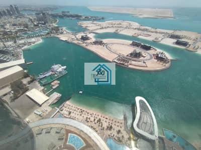 فلیٹ 2 غرفة نوم للايجار في شارع الكورنيش، أبوظبي - luxurious 2BR apartment with full sea view.