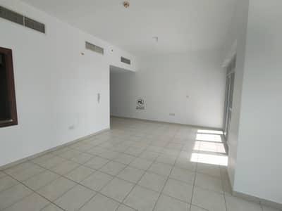 شقة 2 غرفة نوم للايجار في الخليج التجاري، دبي - Amazing Community | Large Unit | Close to Metro