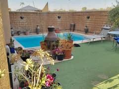 Great Location   5 Bedroom Villa with Pool   Single Row