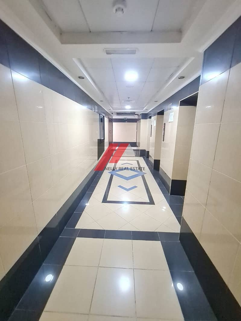 10 kitchen appliances 2 bhk  balcony wardrobe with all facilities 43k