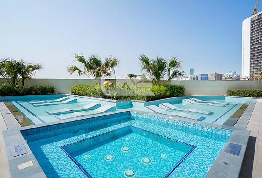 10 UNFURNISHED / 12 CHEQUES / FULL BURJ VIEWS / HIGH FLOOR