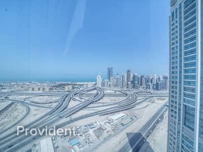 مکتب  للايجار في أبراج بحيرات الجميرا، دبي - Furnished - High Floor - Bright Office