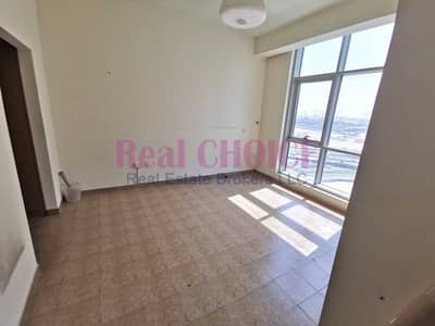 1 Bedroom Apartment for Sale in Business Bay, Dubai - Very Well Maintained| Canal View|Ready To Move-In