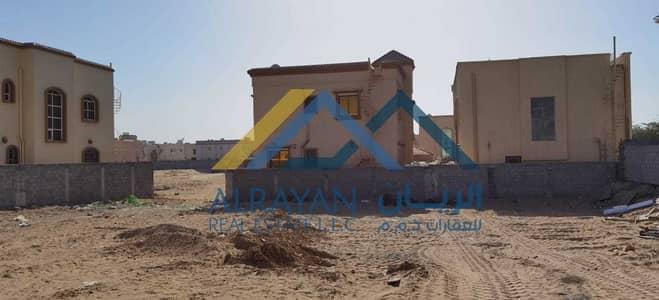ارض سكنية  للبيع في المويهات، عجمان - ارض سكنية للبيع بالمويهات ١ قريب مضمار سباق الهجن ونستو الجديد