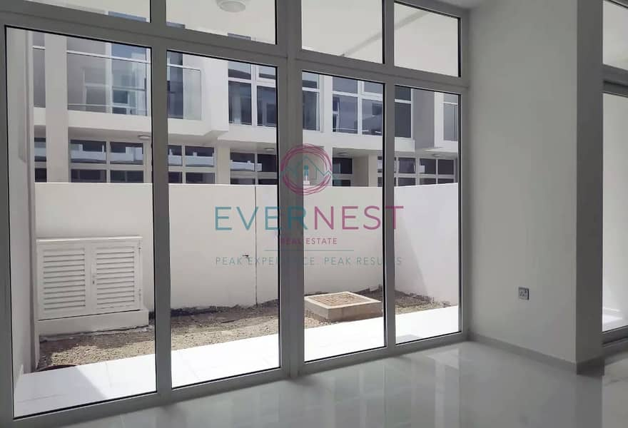 9 Exclusive   Resale   3 Bed Single Row