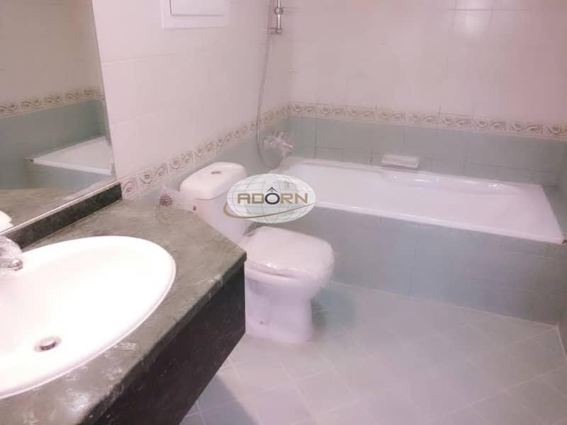 4 Spacious 5 bedroom villa with pvt garden /pool/gym jumeirah 2