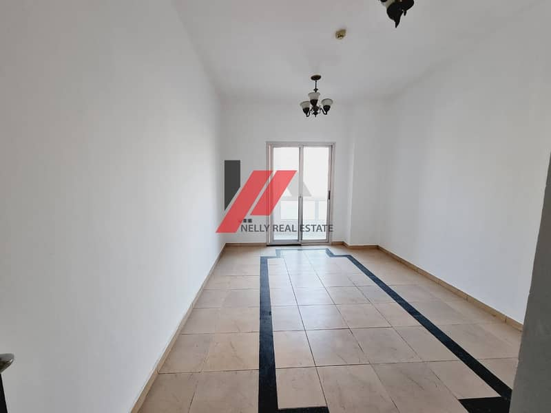 2 1 Month Free 2 Bed Apt Available Near to Park