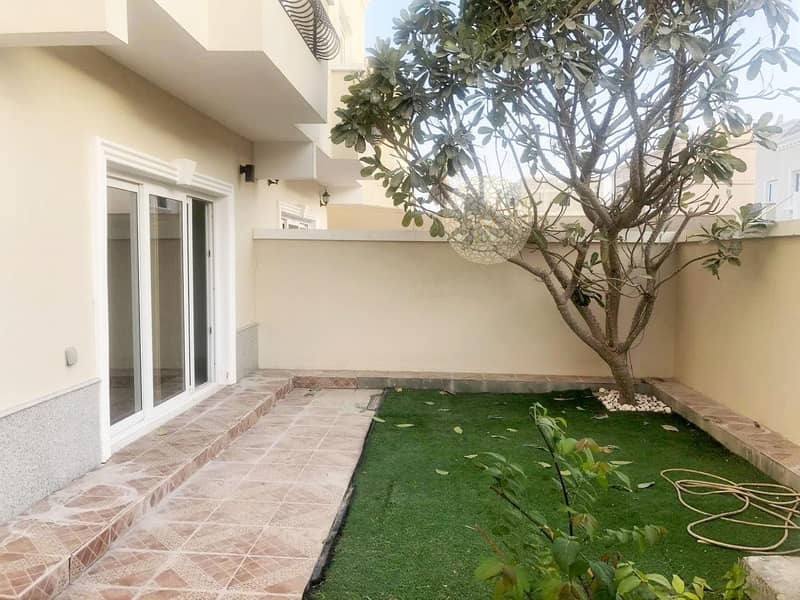 26 GORGEOUS 4 MASTER BEDROOM SEMI INDEPENDENT VILLA WITH MAID ROOM FOR RENT IN KHALIFA CITY A