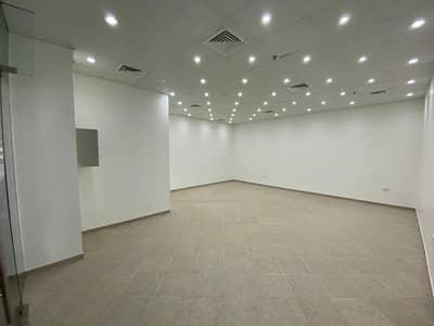محل تجاري  للايجار في البرشاء، دبي - Retail space in Al Barsha 1 close to metro station
