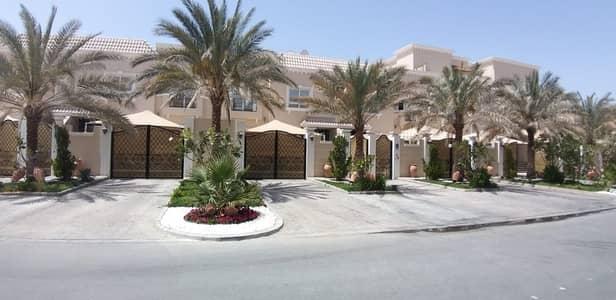4 Bedroom Villa Compound for Rent in Khalifa City A, Abu Dhabi - Villa inside Compound | Impressive & Spacious 4BR close Masdar