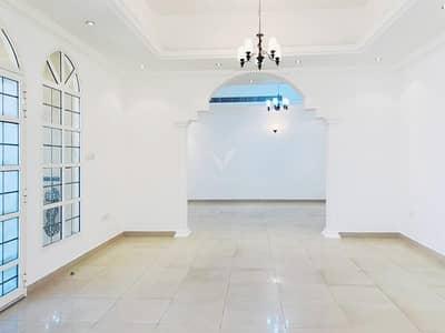 3 Bedroom Villa for Rent in Umm Suqeim, Dubai - Vacant End of March   Semi-Detached Villa   Good Location