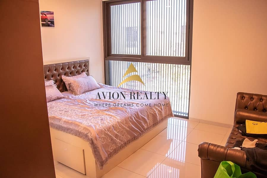 11 Independent 5Br + Maids | Lavishly Furnished | Close to Amenities
