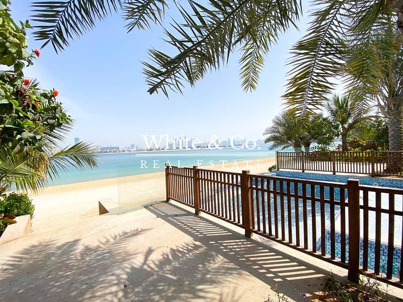 29 Scenic View | Private Garden | Direct Beach