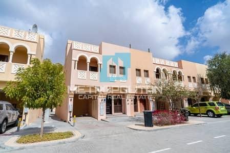2 Bedroom Villa for Rent in Hydra Village, Abu Dhabi - Hot Deal| Balcony + Terrace + Backyard |Facilities