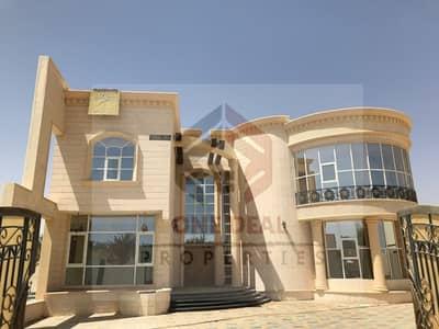6 Bedroom Villa for Sale in Al Marakhaniya, Al Ain - Private Independent 6bhk Villa in Markhania AL Ain for SALE