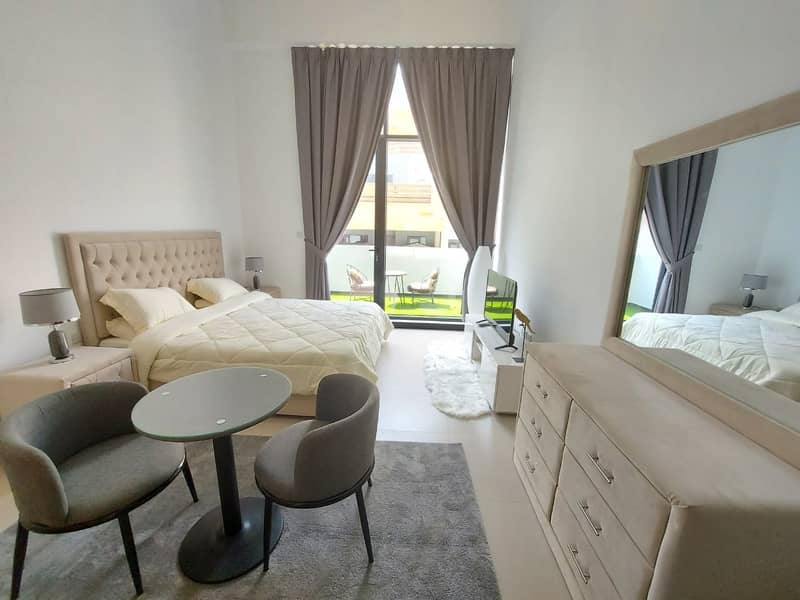 BRAND NEW STUDIO/FULLY FURNISHED/BILLS INCLUDED/BALCONY