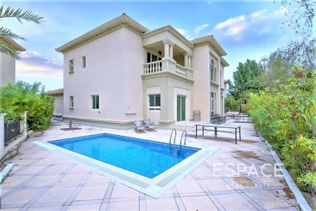 4 Bedroom Villa for Sale in Jumeirah Islands, Dubai - Pristine Condition | Upgraded | Extended