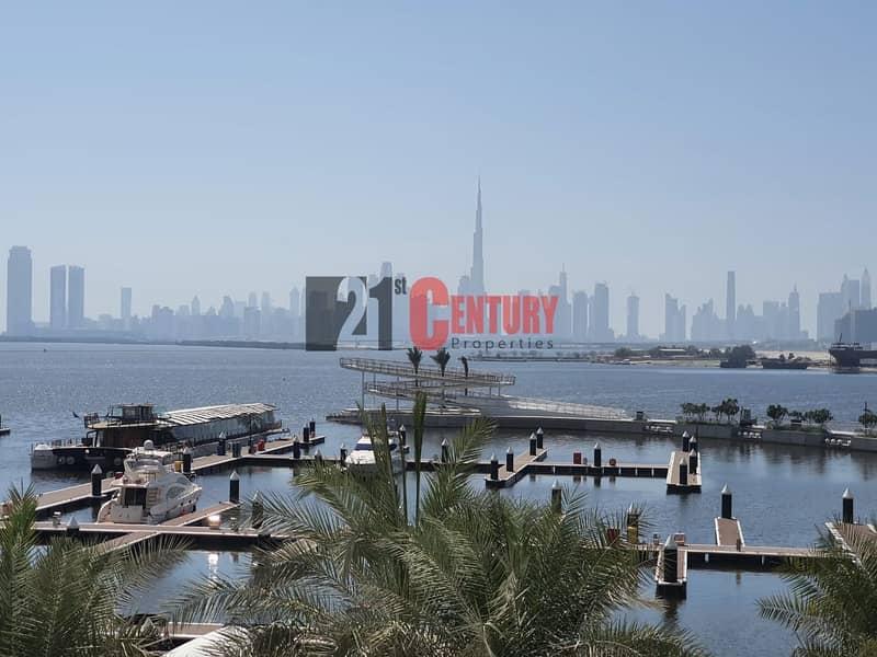 Amazing 2 BR Full Sea View & Burj  Khalifa