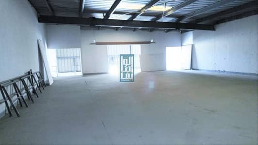 مستودع  للايجار في القوز، دبي - WELL MAINTAINED WAREHOUSE IN ALQUOZ WITH HIGH POWER 80KILO WATTS