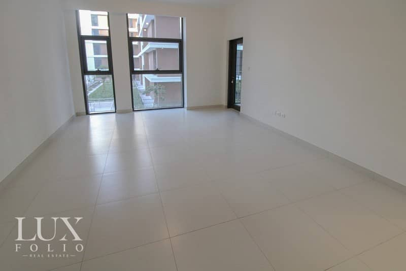 2 Multiple Cheques | View Today | Bright and Spacious