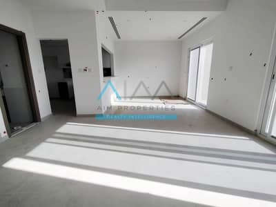 3 Bedroom Villa for Sale in Dubailand, Dubai - Close to Completion, 3BR+Maid Near Park, Pool at 1.35M