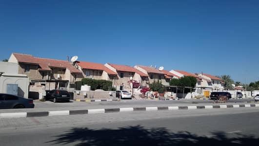 Bulk Unit for Sale in Al Azra, Sharjah - 20 Unites of 3berooms Hall Plus Majlis villas available for Sale || Price || 11.5 million || Sharjah