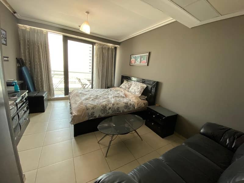 2 BED AND BALCONY