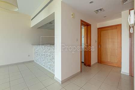 فلیٹ 1 غرفة نوم للايجار في الروضة، دبي - Well Mantained Bright and Chiller free apartment