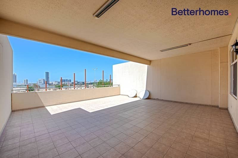 Vacant | Large Terrace | Ready to Move in