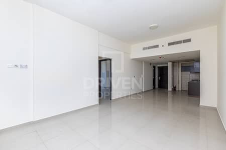2 Bedroom Flat for Sale in Dubai Sports City, Dubai - Elegant Apartment with Golf Course Views