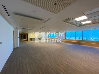 مکتب  للايجار في شارع الشيخ زايد، دبي - Full Floor | Beautiful Fit Out | Private Pantry