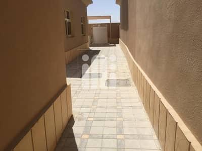 فیلا 3 غرف نوم للايجار في مدينة محمد بن زايد، أبوظبي - Excellent three master bedroom rent in MBZ