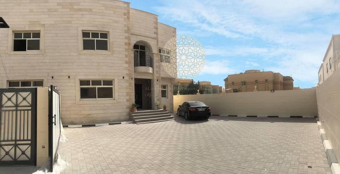 PREMIUM QUALITY 6 MASTER BEDROOM & MAID ROOM COMPOUND VILLA WITH PRIVATE ENTRANCE  FOR RENT IN MOHAMMED BIN ZAYED CITY