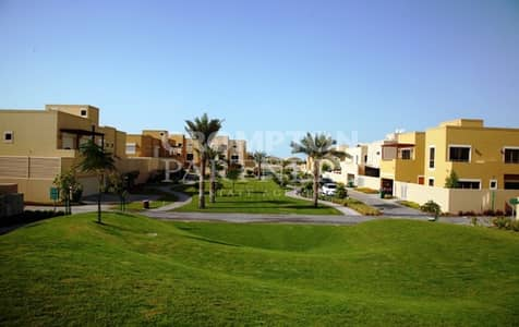 تاون هاوس 4 غرف نوم للايجار في حدائق الراحة، أبوظبي - Spacious 4 Bed Townhouse 3 Floors Big Garden