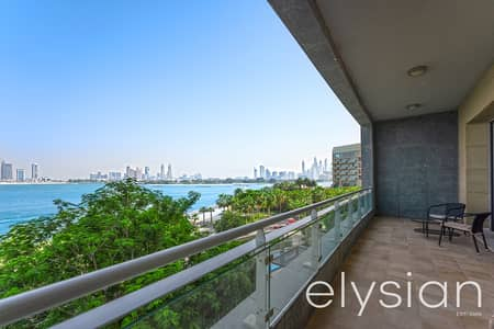 3 Bedroom Flat for Sale in Palm Jumeirah, Dubai - Amazing Views | Holiday Retreat | Luxury Apartment