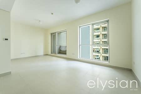 شقة 2 غرفة نوم للبيع في وسط مدينة دبي، دبي - Motivated Seller | Vacant on Transfer | Well Maintained
