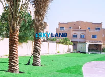 2 Bedroom Villa for Sale in Al Reef, Abu Dhabi - Vacant ! 2BR+Storage with Private Garden ! Near the Gate