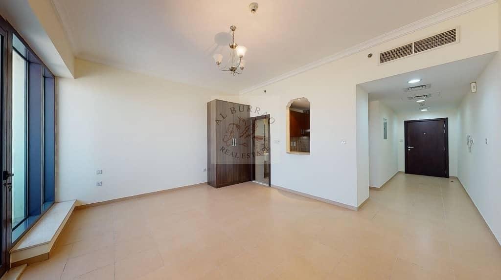 2 Studio | Balcony | Flexible Cheques