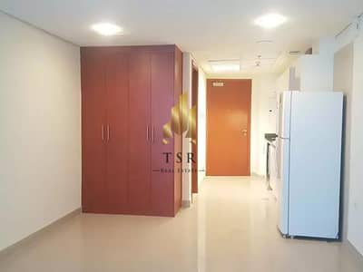 استوديو  للايجار في مركز دبي المالي العالمي، دبي - Bright Apartment | Studio | Vacant